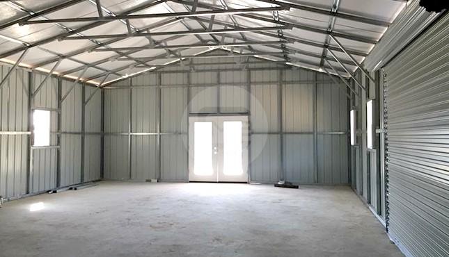 24x61-workshop-with-porch-interior-2