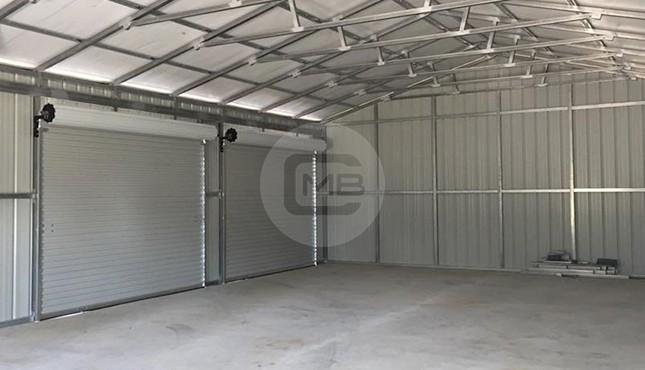 24x61-workshop-with-porch-interior