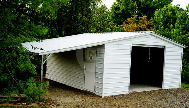 30x21 Garage with Lean to